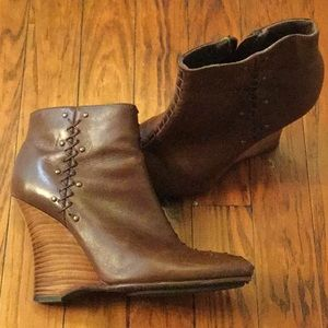 Aerosoles Signature booties